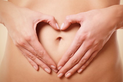 Yoni-Massage-Ausbildungen Symbolbild Bauch mit Händen