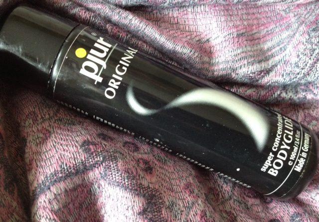Pjur Gleitgel Produktempfehlung für Yoni-Massage