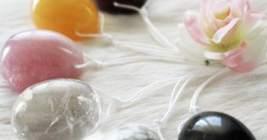 Yoni-Eier aus Edelstein im Herz & Geist Tantrashop