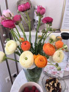 Blumenstrauss im Raum Dakini Köln